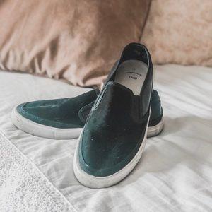 Gap slip on sneakers